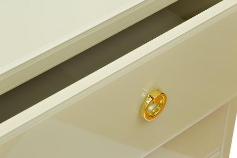 Комод со стеклянной столешницей